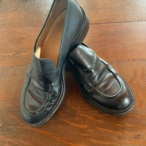 Women's Gucci loafer black leather